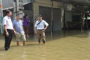 Xử lý nguồn nước cho người dân vùng ngập lụt huyện Chương Mỹ