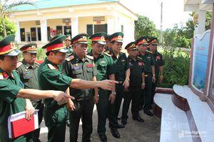 Cục Tác chiến Quân đội nhân dân Lào thăm và làm việc tại Sư đoàn 324