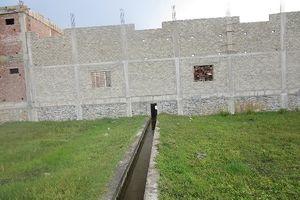 Hà Tĩnh: Kỳ lạ những ngôi nhà 'mọc' trên mương thoát nước