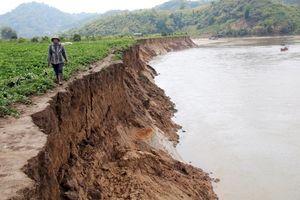 Công ty thủy điện chi gần 6 tỷ đồng 'vá bờ sông' do xả nước sạt lở