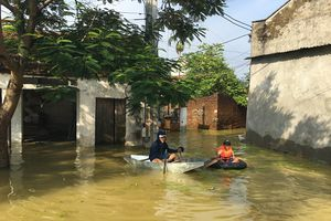 Hà Nội: 2.583 hộ dân huyện Chương Mỹ và Quốc Oai vẫn bị ngập nước