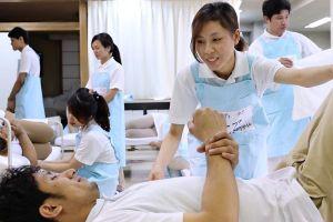 Nhật Bản tuyển 10.000 điều dưỡng viên Việt Nam