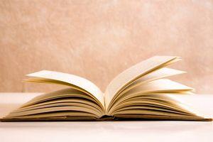 Ra mắt bộ sách quà tặng trái tim