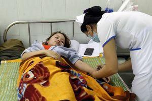 'Cô giáo bị đánh thủng màng nhĩ' lại phải nhập viện