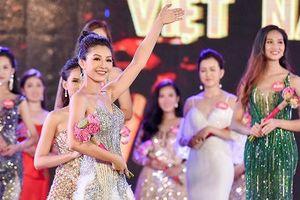 Bất ngờ tại 'Hoa hậu Việt Nam 2018': Nhiều thí sinh nói ngoại ngữ như gió