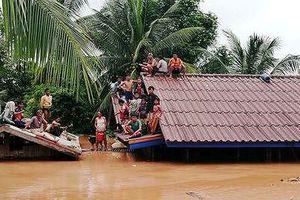 Chạy đua với thời gian tìm nạn nhân mất tích do vỡ đập thủy điện ở Lào