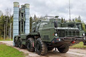 Trung Quốc tiếp nhận hệ thống tên lửa phòng không S-400 đầu tiên từ Nga