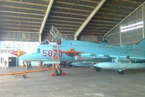 Máy bay Su-22 rơi khi đang bay huấn luyện ở Nghệ An, hai phi công hy sinh
