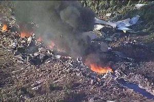 Hiện trường vụ máy bay quân sự Su-22 rơi ở Nghệ An