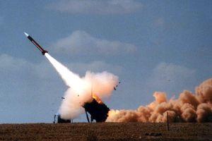 Israel lại không kích trả đũa vào lãnh thổ Syria