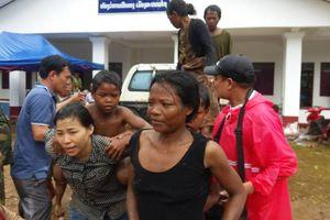 Vỡ đập Attapeu: PV Người Đưa Tin vật lộn trong lũ với người dân bản địa