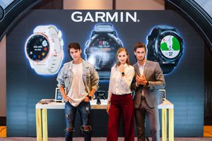 2 mẫu smartwatch dành cho người yêu thể thao