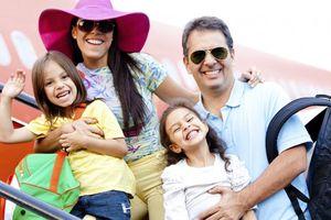Nên nhớ 9 quy tắc vàng cho chuyến bay gia đình