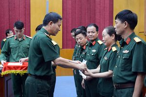 Binh chủng Thông tin liên lạc gặp mặt các đồng chí thương binh, thân nhân liệt sĩ