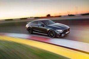 Khám phá chi tiết Coupe 4 cửa hạng sang Mercedes-AMG GT