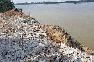 Đề xuất xây tường rào ở 'điểm nóng' đổ phế thải đê Bạch Đằng