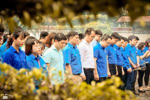 Đoàn thanh niên Bộ Tư pháp: Về Hà Tĩnh tri ân những bông hoa bất tử