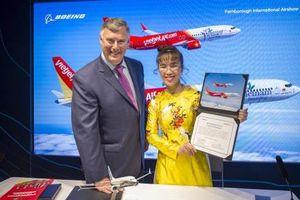 Vietjet Air tiếp tục vào Top 50 công ty niêm yết tốt nhất