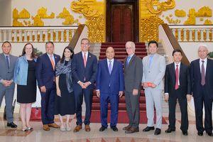 Thủ tướng Nguyễn Xuân Phúc tiếp Thị trưởng Los Angeles, Hoa Kỳ