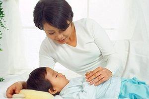 Nếu công việc bận đến mức mẹ không thể cho con đi ngủ từ 7h tối, hãy... ĐỔI VIỆC!
