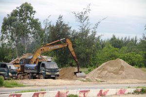 Quận Ngũ Hành Sơn (Đà Nẵng): Bãi tập kết cát trái phép thách thức chính quyền