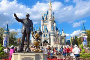 Walt Disney nói không với ống hút nhựa