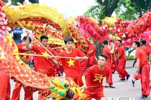 Cận cảnh Lễ hội đường phố 'Tinh hoa Hà Nội - Hội tụ và tỏa sáng'