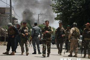 Taliban đụng độ với phiến quân IS tại miền Nam Afghanistan