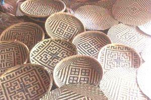Người Thái ở bản Diềm giữ nghề truyền thống