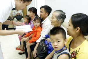 Phẫu thuật mắt miễn phí cho 50 trẻ có hoàn cảnh khó khăn