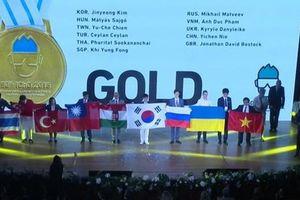Cả 4 học sinh Việt Nam đều giành huy chương Olympic hóa học quốc tế