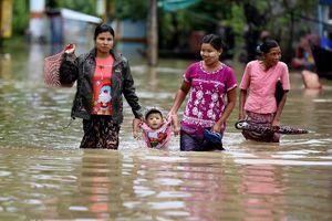 Hàng chục nghìn người phải sơ tán do lũ lụt nghiêm trọng tại Myanmar