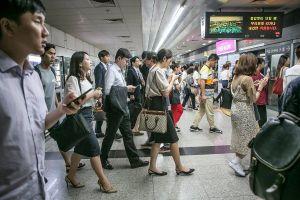 Hàn Quốc, quốc gia 'nghiện việc' muốn chấm dứt lao động quá giờ