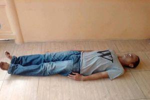 Người đàn ông đăng ảnh giả chết lên mạng Facebook để lừa tiền tang lễ