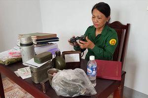 Người phụ nữ hơn 40 năm sưu tầm kỷ vật Ngã ba Đồng Lộc