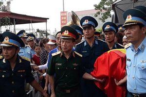 Vụ máy bay Su-22 rơi: Nước mắt nghẹn ngào tiễn đưa đại tá phi công Phạm Giang Nam
