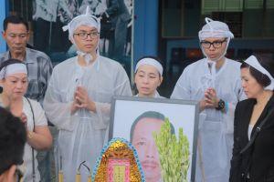 Linh cữu cố nghệ sĩ Thanh Hoàng ghé thăm sân khấu kịch 5B lần cuối