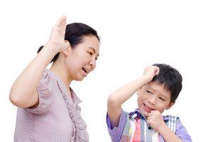 Mẹ Việt 'trị' con ngang bướng - Kỳ 1: Ân hận vì 'thương cho roi cho vọt'