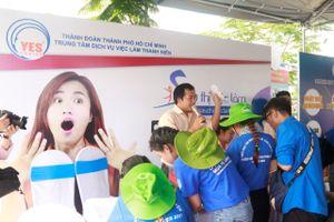 Nhiều hoạt động hỗ trợ cho thanh niên ngoại thành