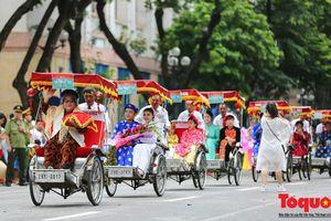 Người Hà Nội ngỡ ngàng khi thấy đám cưới con Công Lý và Minh Hòa do Minh Vượng làm mai mối