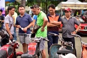 Mãn nhãn những mẫu xe độc, lạ trong ngày hội xe cổ Sài Gòn