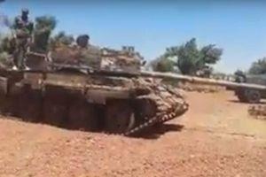 Phiến quân Al-Nusra lũ lượt nộp vũ khí cho quân đội Syria gần cao nguyên Golan