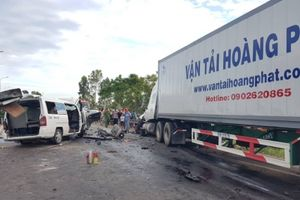 Hai xe trong vụ TNGT thảm khốc ở Quảng Nam còn hạn kiểm định?