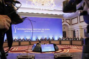 Tại sao hòa đàm Astana 10 về Syria lại đổi địa điểm sang Nga?