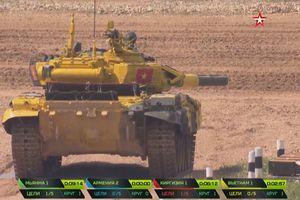 Đội xe tăng của Việt Nam được sỹ quan Nga khen ngợi