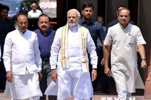 Lãnh đạo Ấn Độ và Pakistan thảo luận về hòa bình khu vực