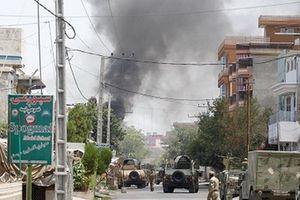 Afghanistan: Xả súng và nổ liên tiếp tại thành phố Jalalabad