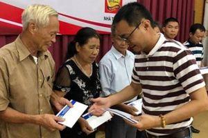 Tập đoàn Tân Hiệp Phát trao tặng 200 phần quà cho cựu thanh niên xung phong