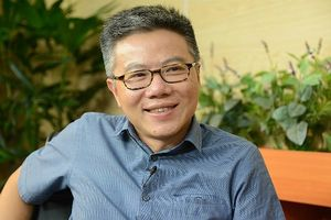 Giáo sư Ngô Bảo Châu cùng cộng sự giới thiệu độc giả tủ sách về ngành toán