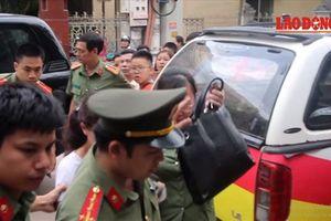 Gian lận điểm thi ở Sơn La: Chính thức khởi tố bắt tạm giam, cấm đi khỏi nơi cư trú hàng loạt cán bộ